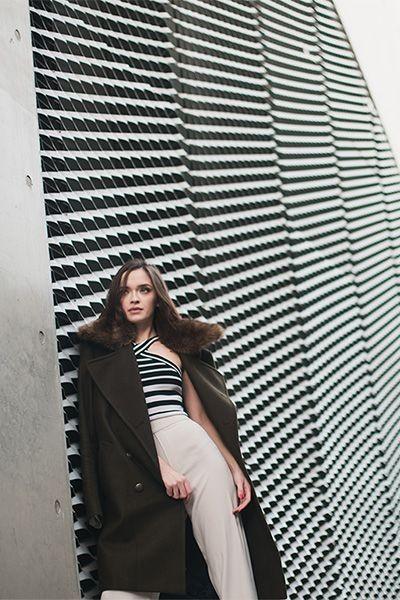 Modell i jacka